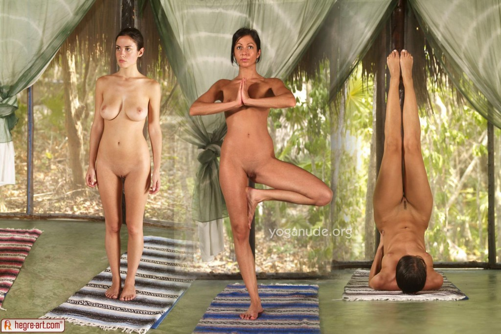 Yoga nude photos